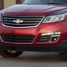 2013-Chevrolet-Traverse-04