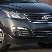 2013-Chevrolet-Traverse-11