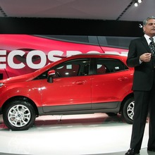 2013-Ford-EcoSport-crossover-02