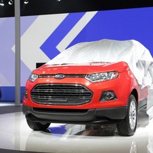 2013-Ford-EcoSport-crossover-03