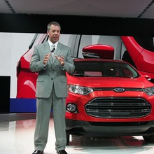 2013-Ford-EcoSport-crossover-04