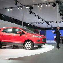 2013-Ford-EcoSport-crossover-09