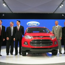 2013-Ford-EcoSport-crossover-11