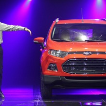 2013-Ford-EcoSport-crossover-24