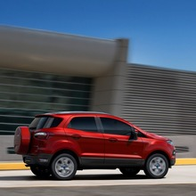 2013-Ford-EcoSport-crossover-32