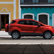 2013-Ford-EcoSport-crossover-34