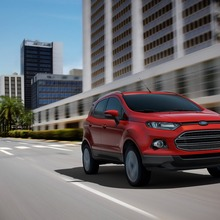 2013-Ford-EcoSport-crossover-36