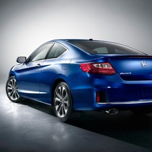 2013-Honda-Accord-Coupe-02
