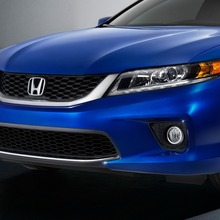 2013-Honda-Accord-Coupe-03