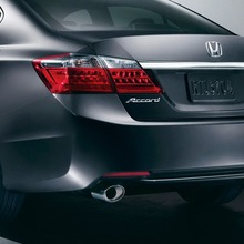2013-Honda-Accord-Sedan-04