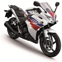 22013-Honda-CBR250R-05