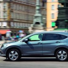 2013-Honda-CR-V-Europe-38