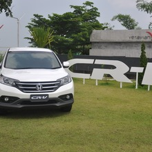 Honda-CRV-2013-Group-Test-Drive-34