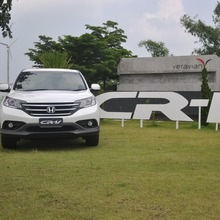 Honda-CRV-2013-Group-Test-Drive-36