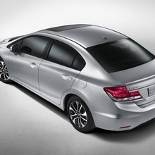 2013-honda-civic-sedan-01