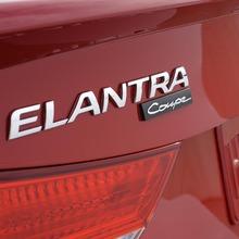 2013-Hyundai-Elantra-Coupe-08