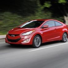 2013-Hyundai-Elantra-Coupe-13