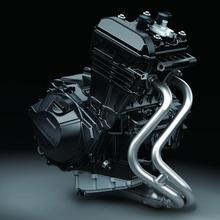 13EX250L_CG_Engine