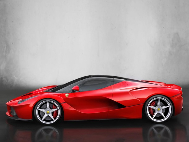http://photos.autospinn.com/cache/2013-LaFerrari-Officially-Revealed/12514556181954135647_610.jpg
