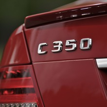 2013-Mercedes-Benz-C-Class-04