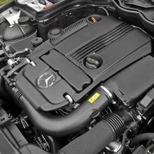 2013-Mercedes-Benz-C-Class-11