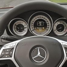 2013-Mercedes-Benz-C-Class-15