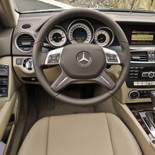 2013-Mercedes-Benz-C-Class-18