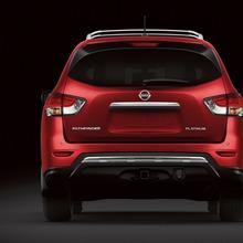 Nissan-Pathfinder-2012-03