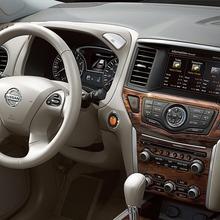 Nissan-Pathfinder-2012-04