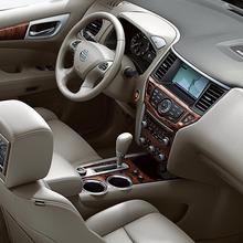 Nissan-Pathfinder-2012-05