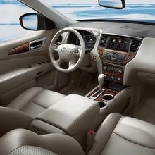 Nissan-Pathfinder-2012-06