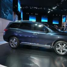 Nissan-Pathfinder-2012-17