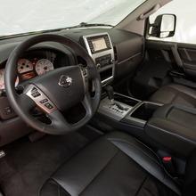 2013-Nissan-Titan-08