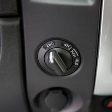 2013-Nissan-Titan-16