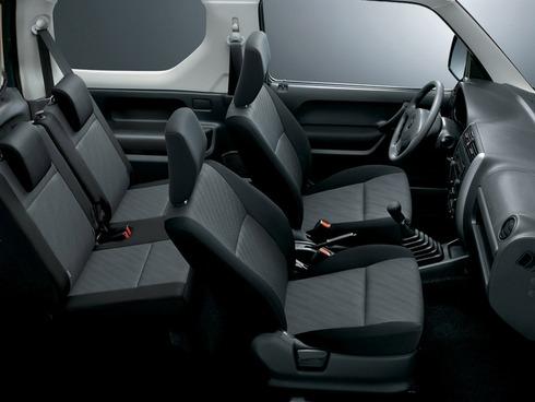 2013-Suzuki-Jimny-18
