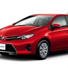 2013-Toyota-Auris-Hatchback-JDM-09