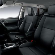 2013-Toyota-Auris-Hatchback-JDM-18