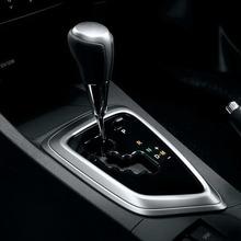 2013-Toyota-Auris-Hatchback-JDM-19