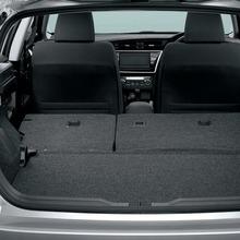 2013-Toyota-Auris-Hatchback-JDM-22