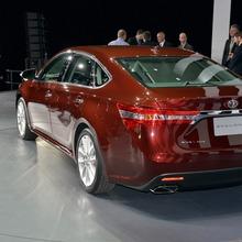 2013 Toyota Avalon-03