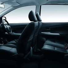 Toyota-Avanza-2012-2013-(57)