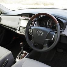 Toyota-Corolla-Axio-JDM-2013-11
