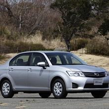Toyota-Corolla-Axio-JDM-2013-17
