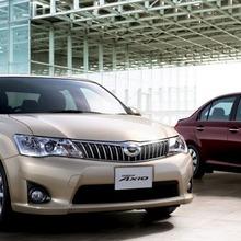 Toyota-Corolla-Axio-JDM-2013-20