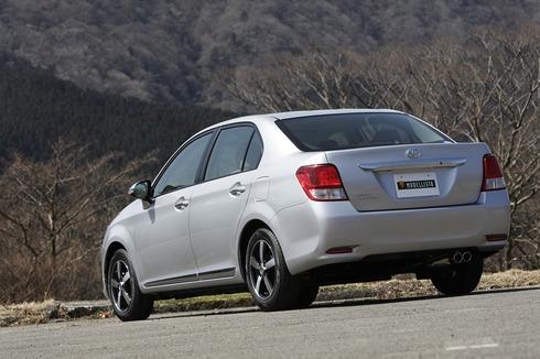 Toyota-Corolla-Axio-Modellista-2013-02