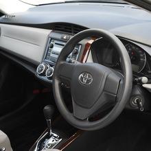 Toyota-Corolla-Axio-Modellista-2013-06