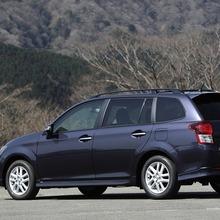 Toyota-Corolla-Fielder-2013-JDM-02
