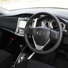 Toyota-Corolla-Fielder-2013-JDM-10