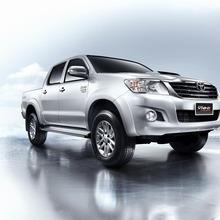 Toyota-Vigo-Champ-D-Cab-03