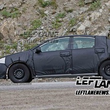 2014-Toyota-Corolla-04